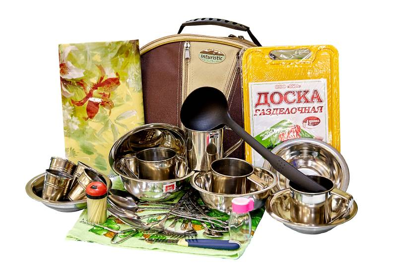 Набор посуды для пикника Inturistic Пикник 5 на 4 персоны (31 предмет)
